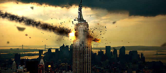 Dramatic Meteorite Collision to High Building
